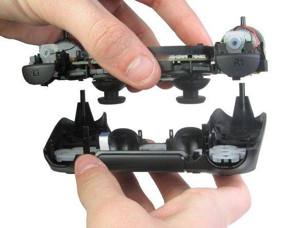 Emaplaadi DualShock 4 demonteerimine